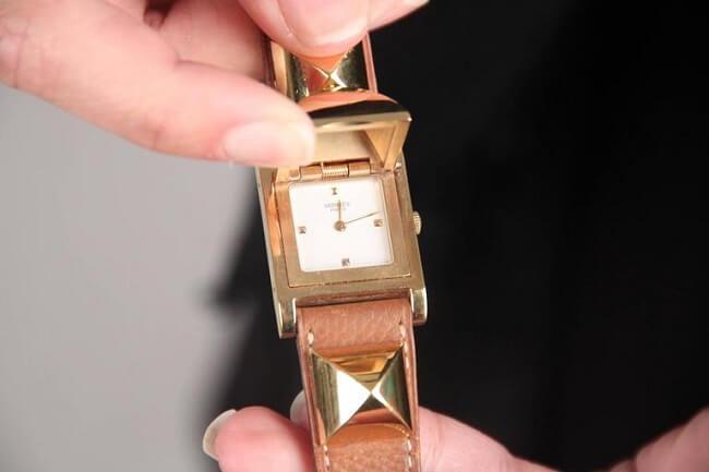 Hermes Medor được làm từ chất liệu vô cùng đắt đỏ