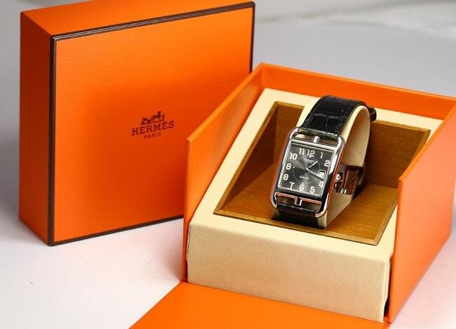 Hộp đựng chuẩn của đồng hồ thương hiệu Hermes