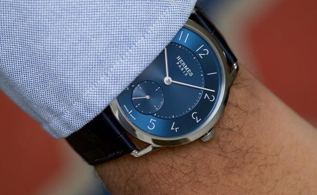 Đồng hồ Hermes sang trọng trên tay
