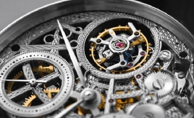 Cơ chế hoạt động của đồng hồ Quartz